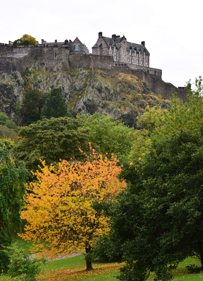 edinburgh-castle-scotland-skotland-fall-autumn-missjeanett-blogger-guide-tips-til