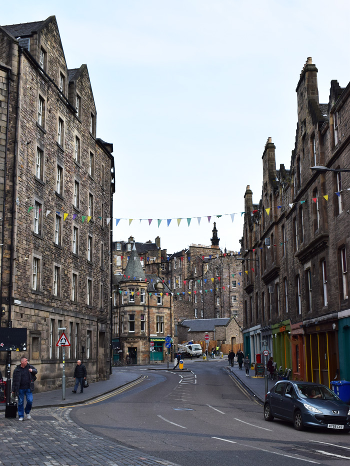 grassmarket-edinburgh-scotland-missjeanett-blogger-guide-tips