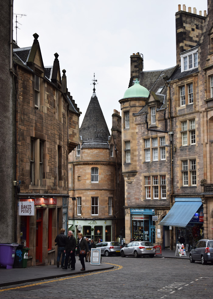 royal-mile-edinburgh-harry-potter-missjeanett-blogger-guide-tips-stemning