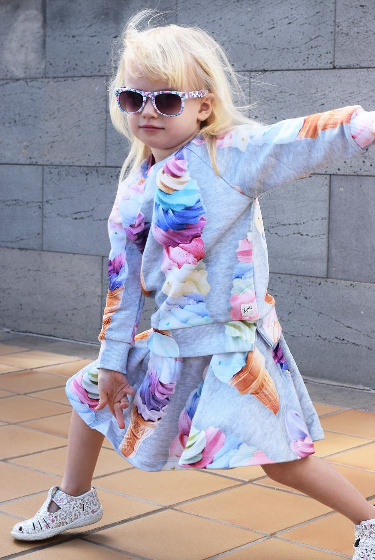 is-print-fra-molo-bluse-sweatshirt-nederdel-skirt-blouse-ice-cream-moenster-missjeanett-ferie