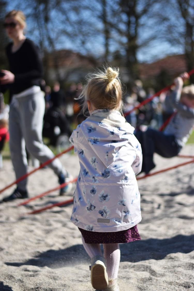 ny-aktivitetsplads-legeplads-ved-svanedammen-odense-missjeanett-min-weekend