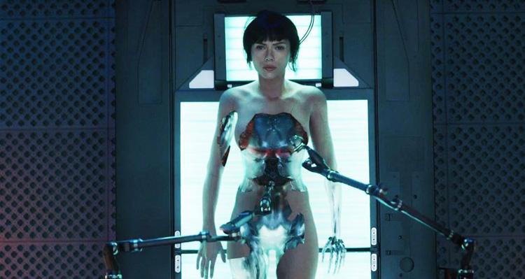 ghost-in-the-shell-scarlett-johanson-cyborg-movie-2017-anmeldelse-review