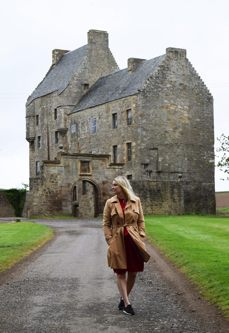 lallybroch-visit-midhope-castle-scotland-skotland-besoeg-se-missjeanett-blogger-travel-outlander-location-locations-jeanett-drevsfeldt