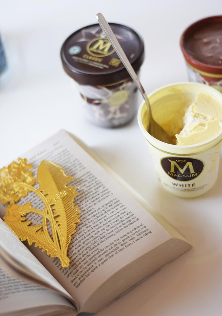 magnum-is-i-baeger-white-hvid-chokolade-missjeanett-sommer-almond-med-mandel