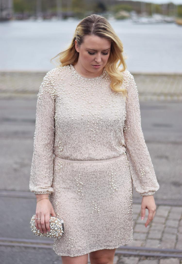 outfit-gallashow-i-odeon-missjeanett-modeblogger-tim-vermund-kaereste-odensebloggers-aldo-clutch-pearl-perle-kjole-fra-asos-premium-jeanett-drevsfeldt