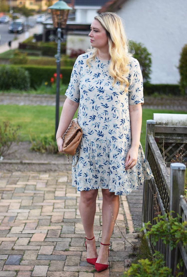 outfit-yas-drop-waist-paa-udsalg-asos-missjeanett-blogger-fra-odense-bloggerbar-sko-stiletter-2017