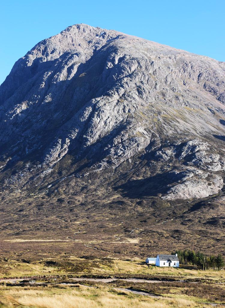 glencoe-mountains-three-sisters-of-scotland-skotland-road-trip-missjeanett