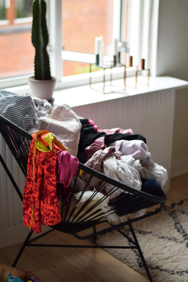 vasketoej-ok-design-stol-sort-black-chair-missjeanett-blogger