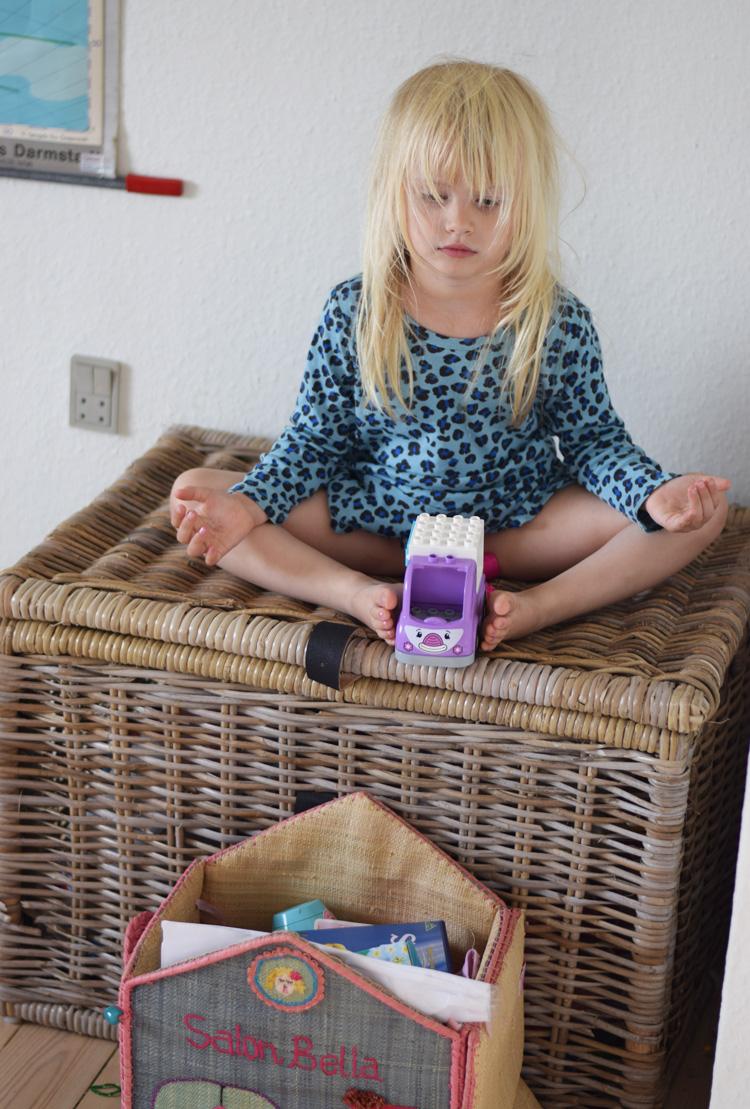 barn-boern-mediterer-missjeanett-blogger-salon-bella-fra-rice