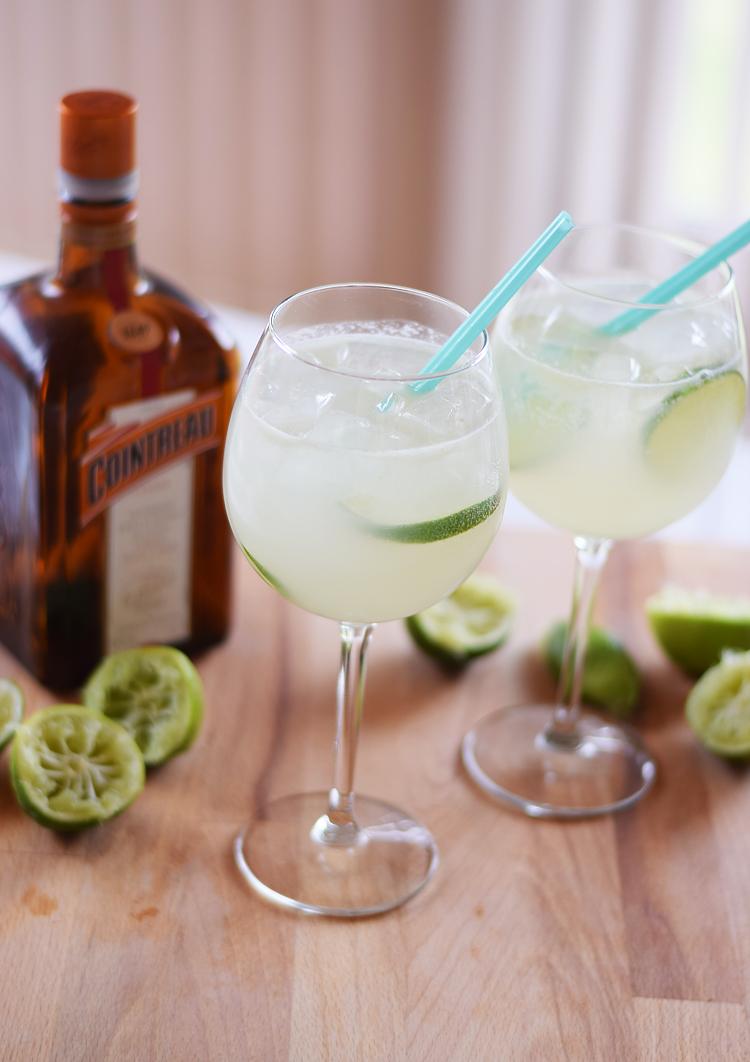 cointreau-fizz-reciepe-cocktail-summer-sommerdrink-opskrift-missjeanett-saadan-laver-du-en