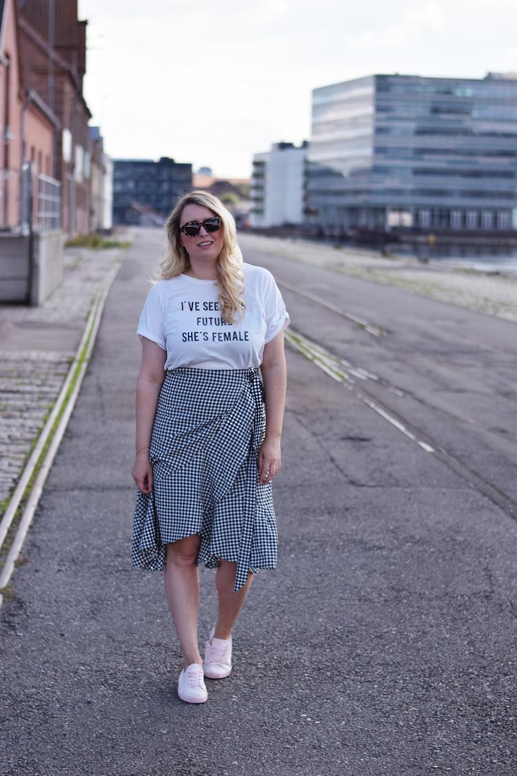 ellos-nederdel-ternet-wrap-skirt-josefina-missjeanett-blogger-odensebloggers-odense-havn-migogodense-asos-the-future-is-female