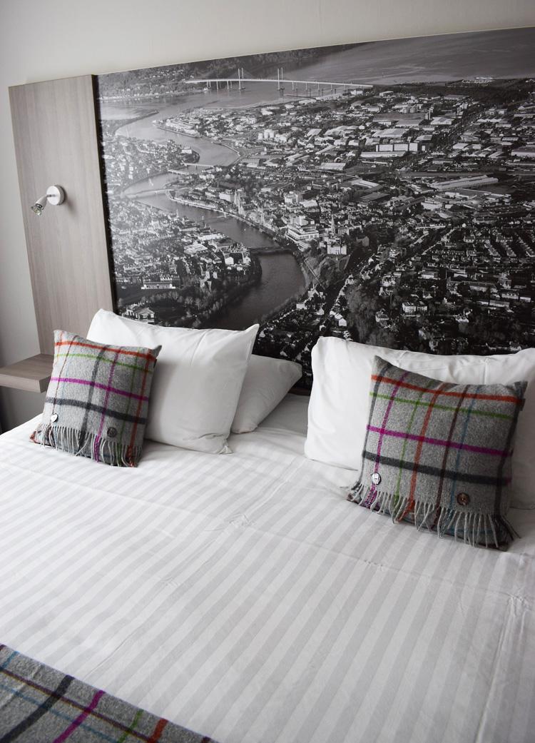 mercure-hotel-inverness-scotland-skotland-road-trip-missjeanett-river-ness