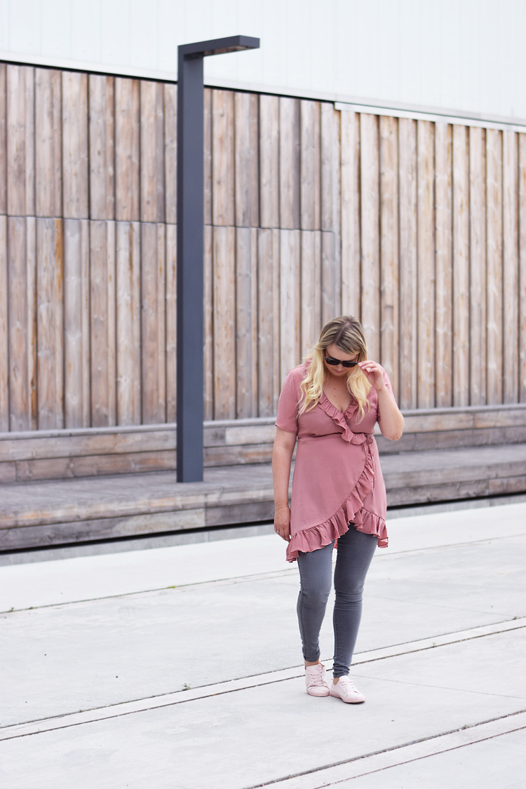 outfit-gina-tricot-wrap-dress-rosa-pink-missjeanett-blogger-odensebloggers