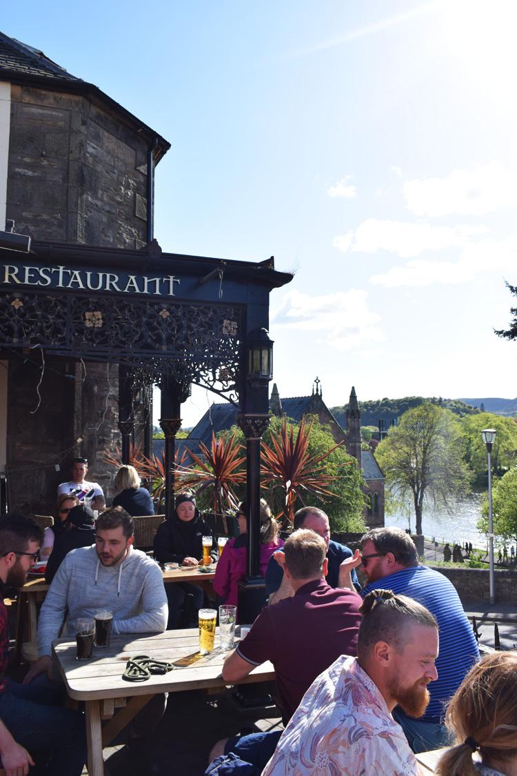 the-castle-tavern-pub-missjeanett-blogger-guide-skotland-scotland