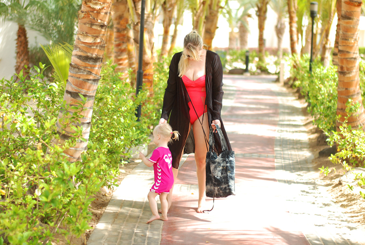 boa-vista-boavista-kap-verde-cabo-cape-riu-karamboa-hotel-all-inclusive-hummel-badedragt-uv-med-60-miss-jeanett-blogger-asos-weekday-ferie-750