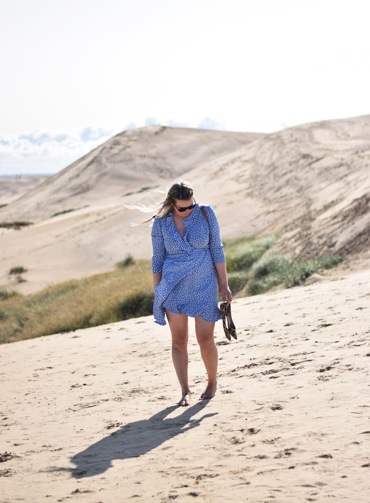 outfit-rubjerg-knude-fyr-sandbanke-missjeanett-vero-moda-henna-dress-odensebloggers-visit-nordjylland