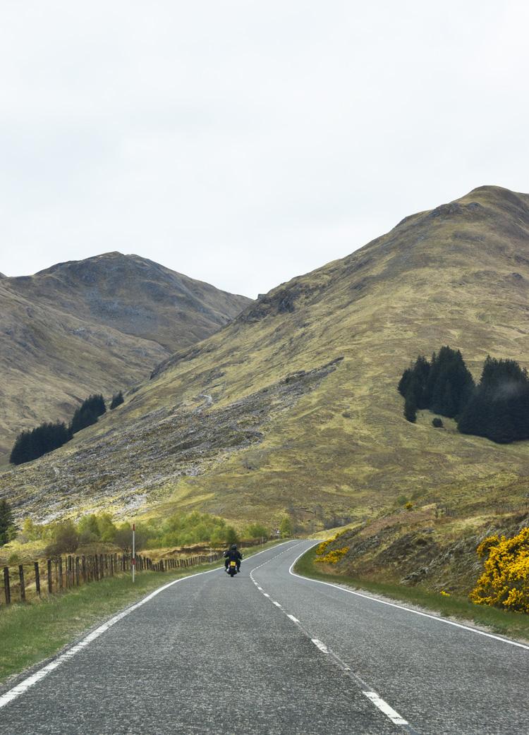 five-5-sisters-of-kintail-scotland-road-trip-i-skotland-guide-plan-missjeanett-blogger-motorcykel-motor-bike
