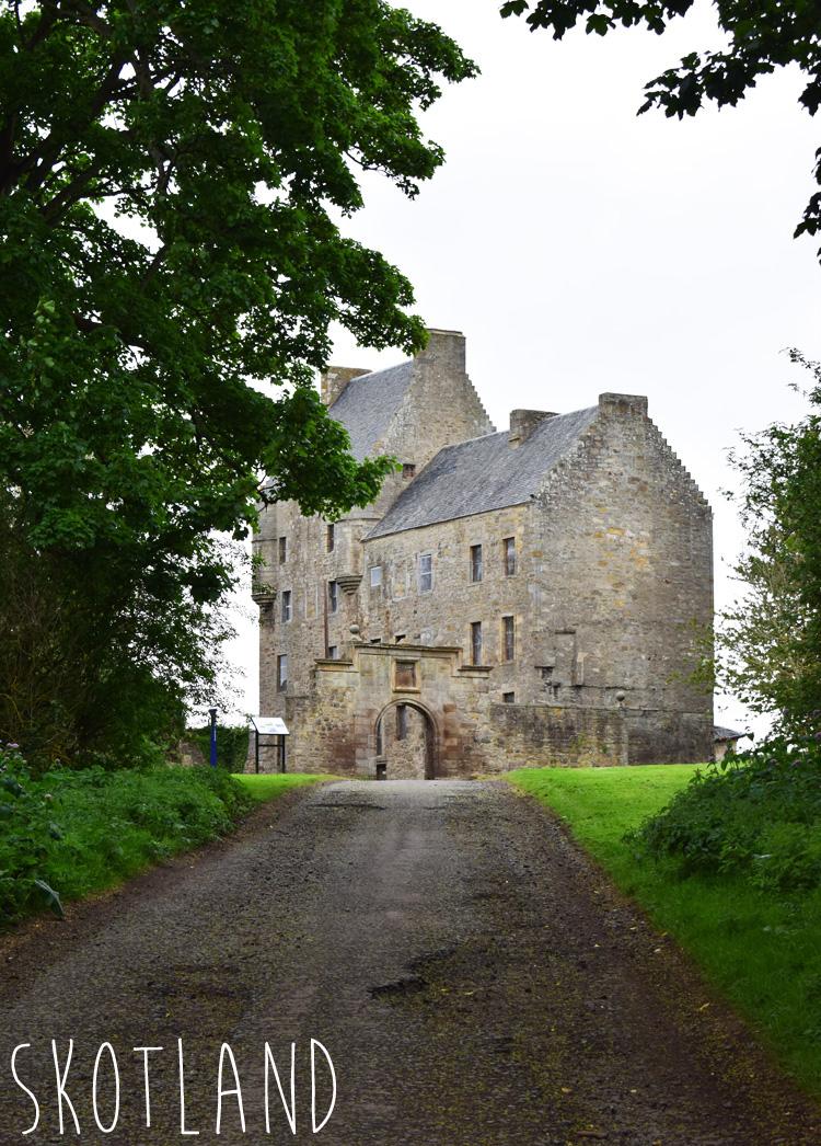 lallybroch-midhope-castle-skotland-scotland-outlander-locations-steder-missjeanett-blogger-travel-visit-price-tekst