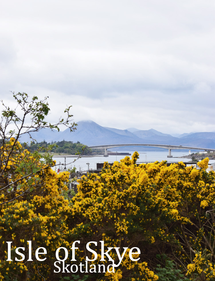skye-bridge-road-trip-i-skotland-missjeanett-blogger-isle-of-skye-highlands-hoejlandet-scotland-iamtb-spring-may-i-maj-tekst
