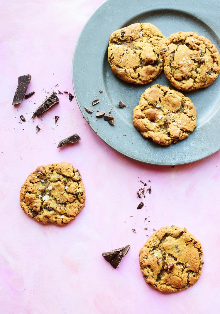 Amerikanske cookies med chokolade og havsalt