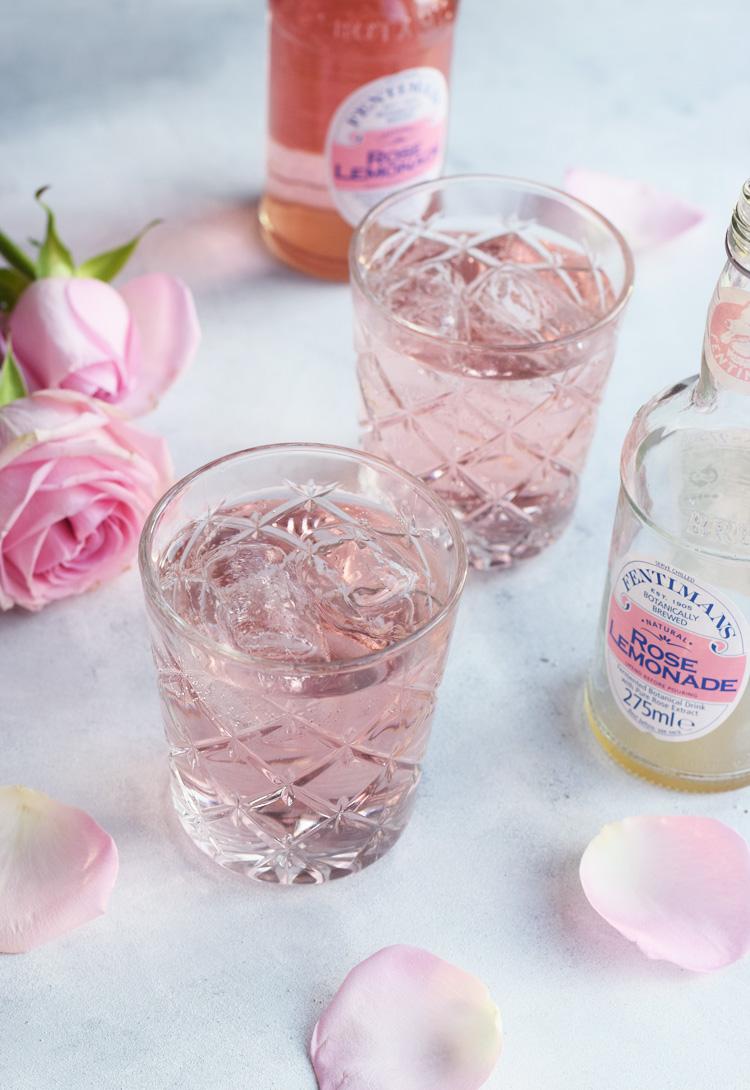 Pink Rose gin tonic