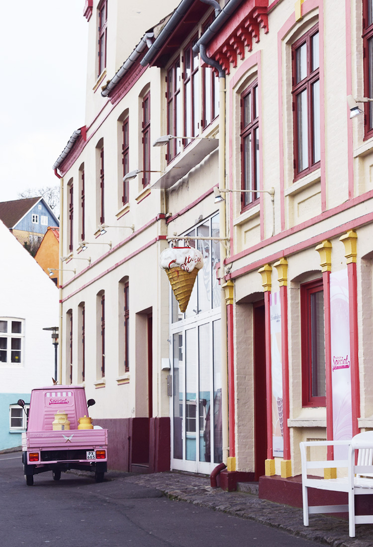 Bornholm Guide - Gudhjem ishus