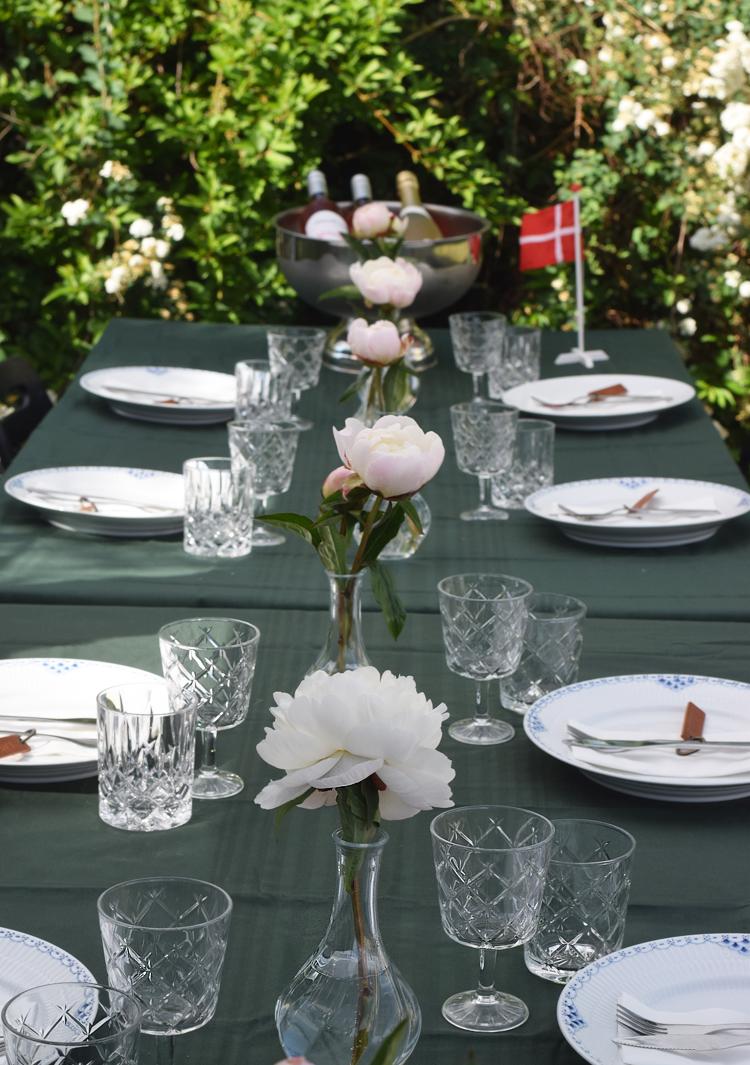 Fødselsdagsbord til havefest