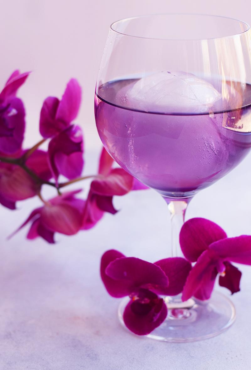Purple Rain cocktail - Monin viol sirup