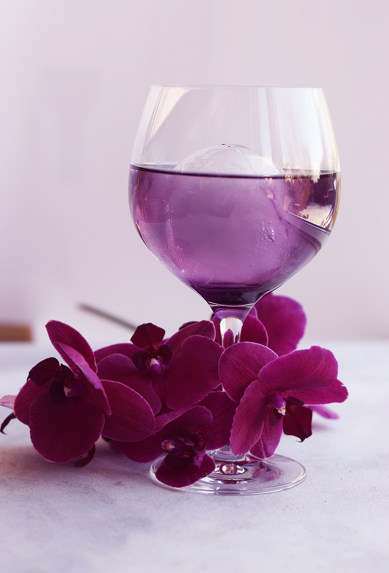 Purple rain cocktail - Monin violette sirup