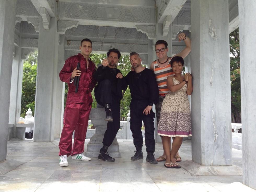 Optagelser i Bangkok med Brahim Achabbakhe og Oradee Pinwattanaprueg som assistent.