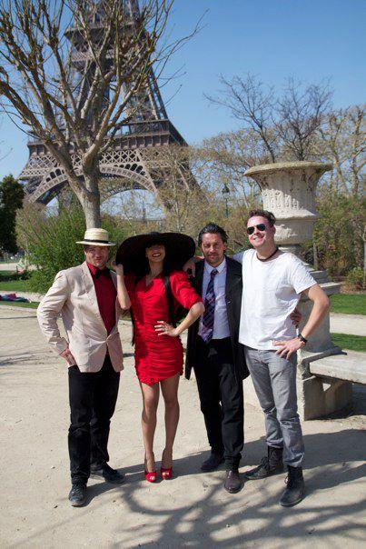 David Owe, Lara Cavalho, Deni Jordan og jeg selv i Paris.