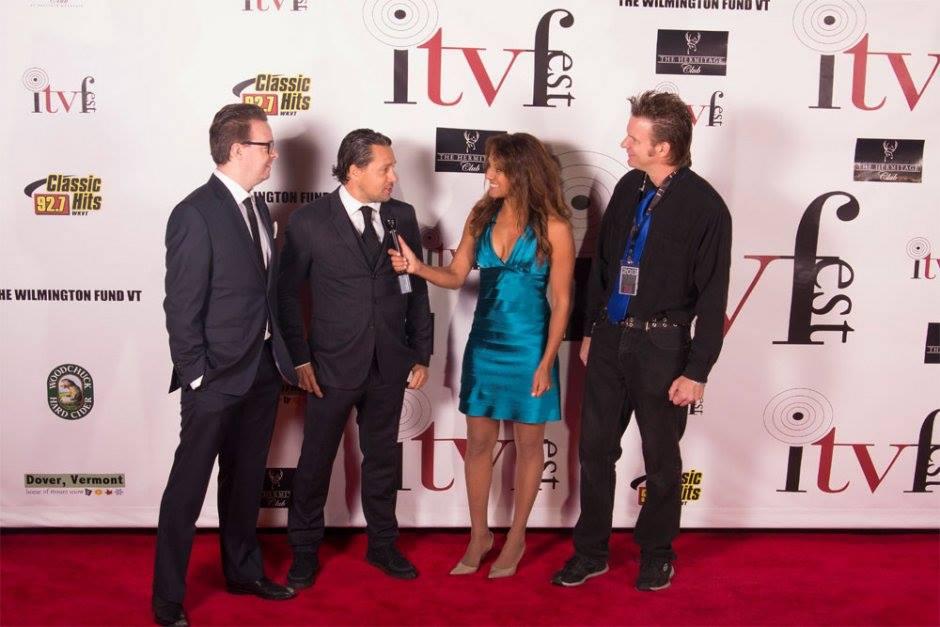 Deni og jeg på den røde løber til The Independent tv & Film Festival i Vermont, USA, hvor vi var nomineret til en pris.