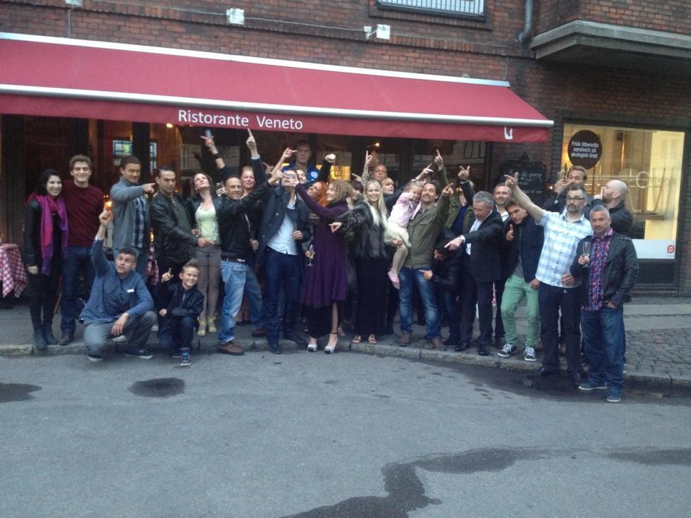 Cast & crew til wrap-fest!