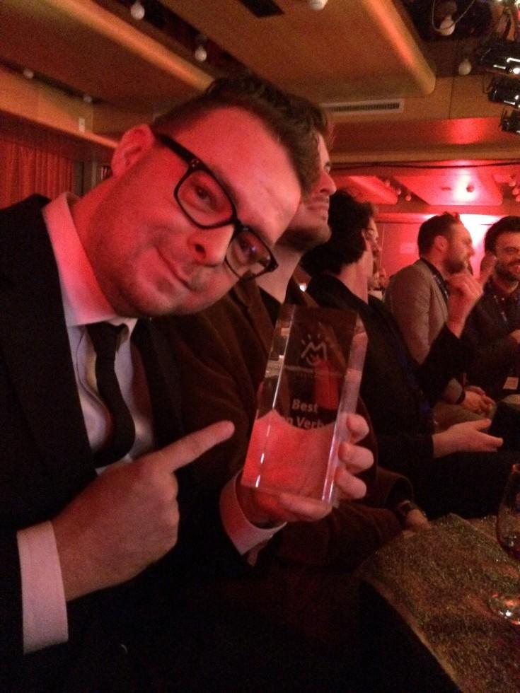 Her sidder jeg med prisen lige efter det var blevet annonceret at The Stunt Comedy Show har vundet kategorien Best Non-Verbal Comedy til Montreux Comedy Festival i Schweitz.
