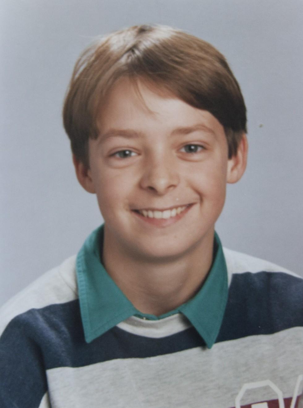 Sidste portrætbillede i omkring 6. klasse - dette billede blev brugt på en konfirmationssang.