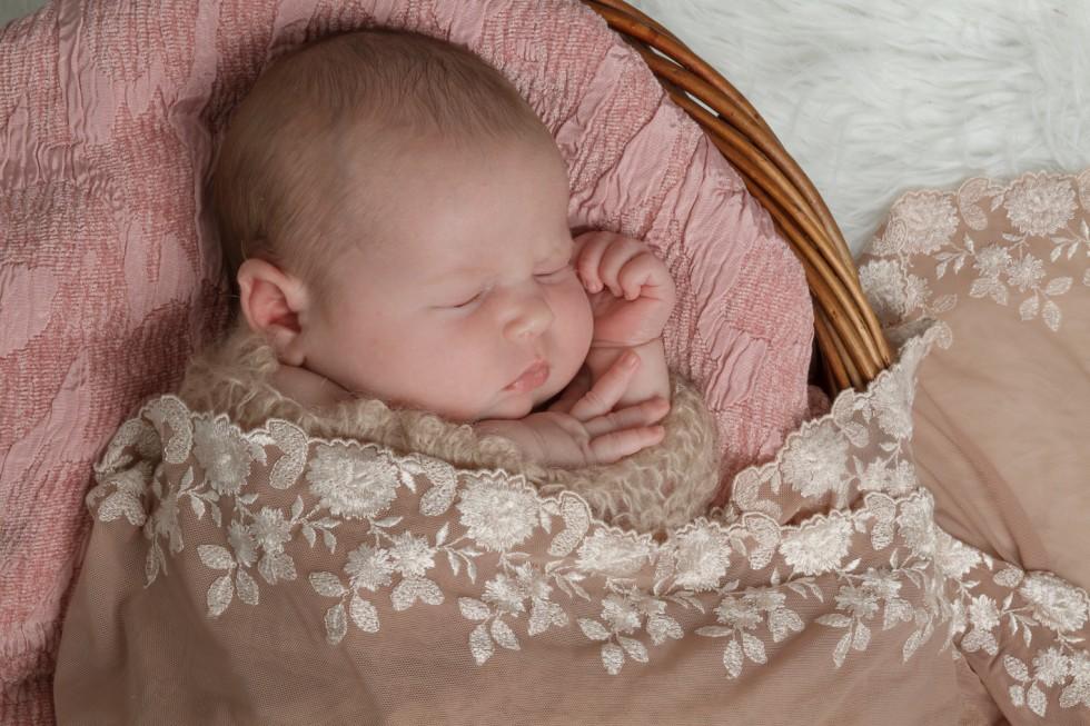 Fie_vandborg_newborn_fotografering--11