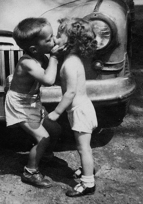 ung kærlighed (2)