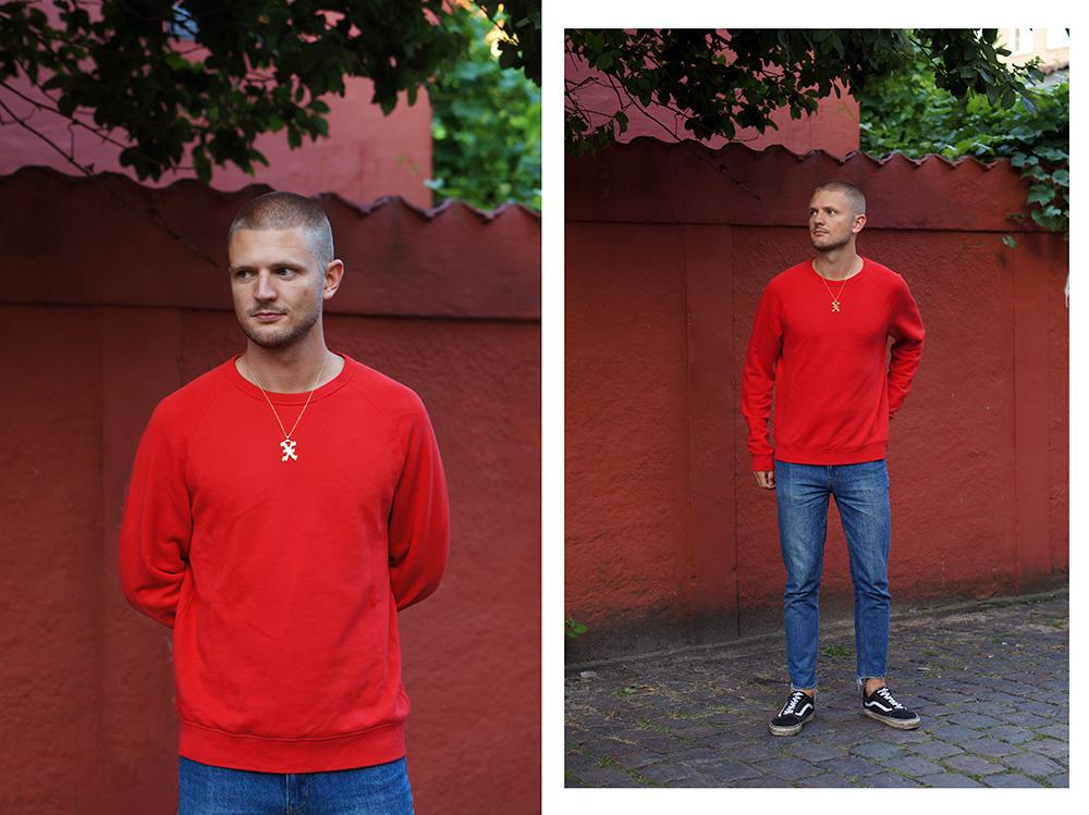 red sweatshirt (2)a