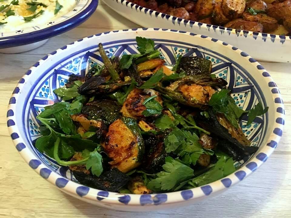 grillet-salat-med-persille-re