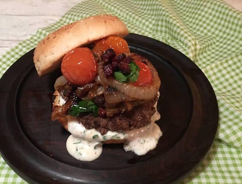 2018-burger-tern-mv