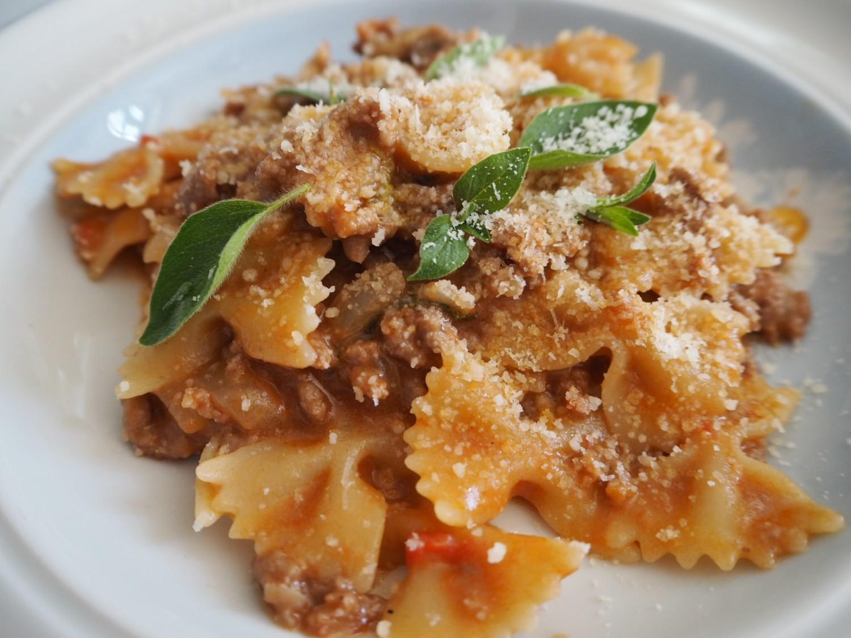 One pot pasta med kødsauce