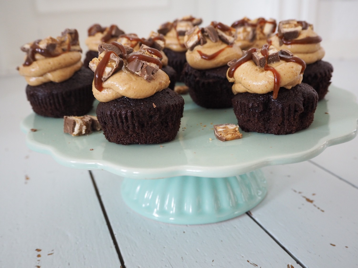 Snickers cupcakes opskrift