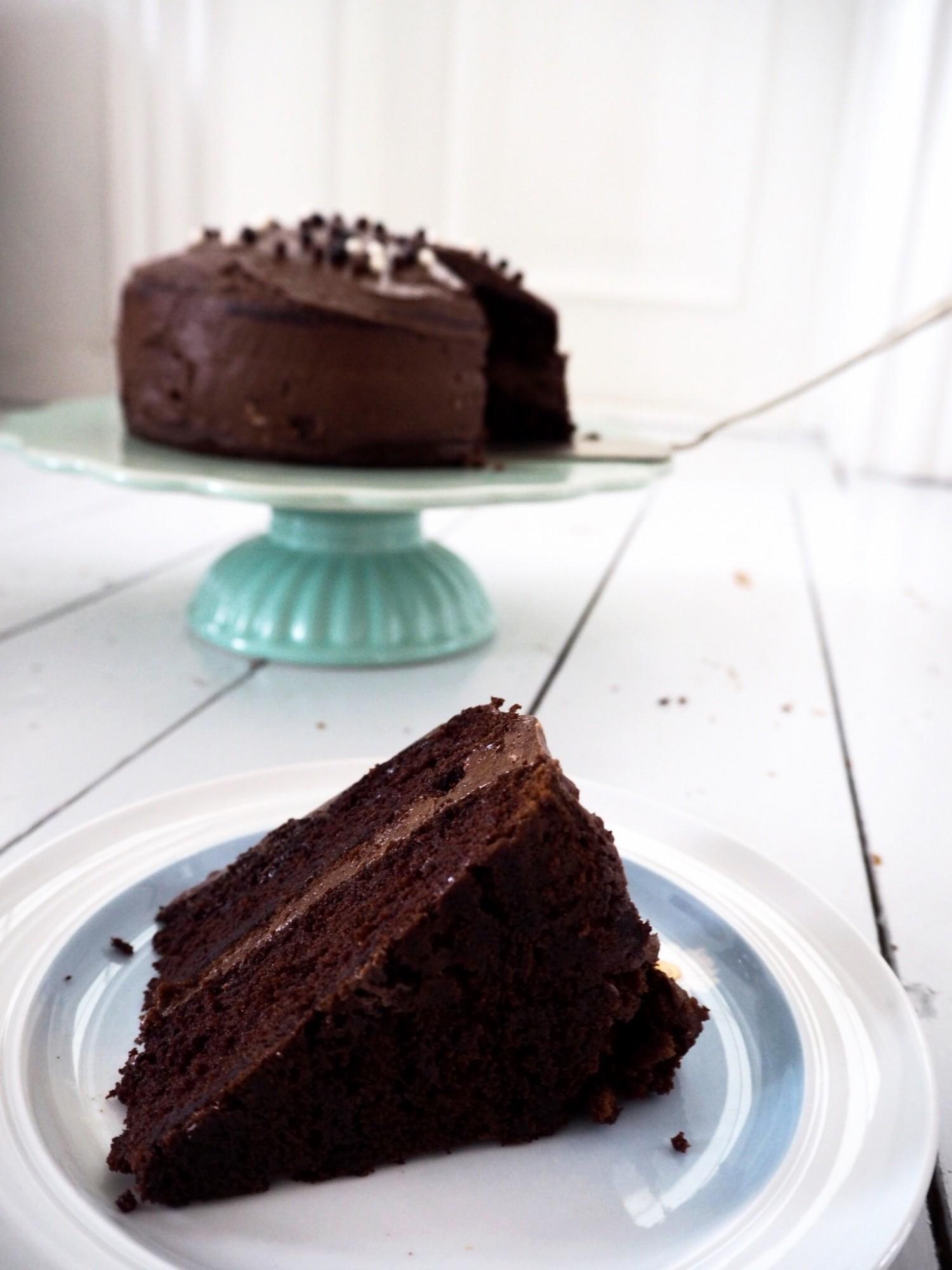 chokoladekage-black-magic