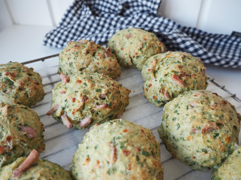 skinkeboller-med-ost-og-spinat