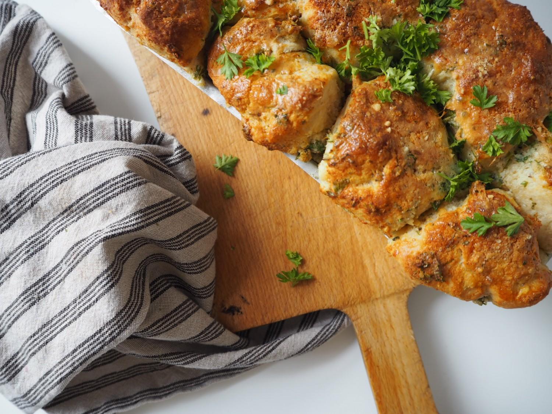 pull-apart-brød-med-hvidløg-og-parmesan