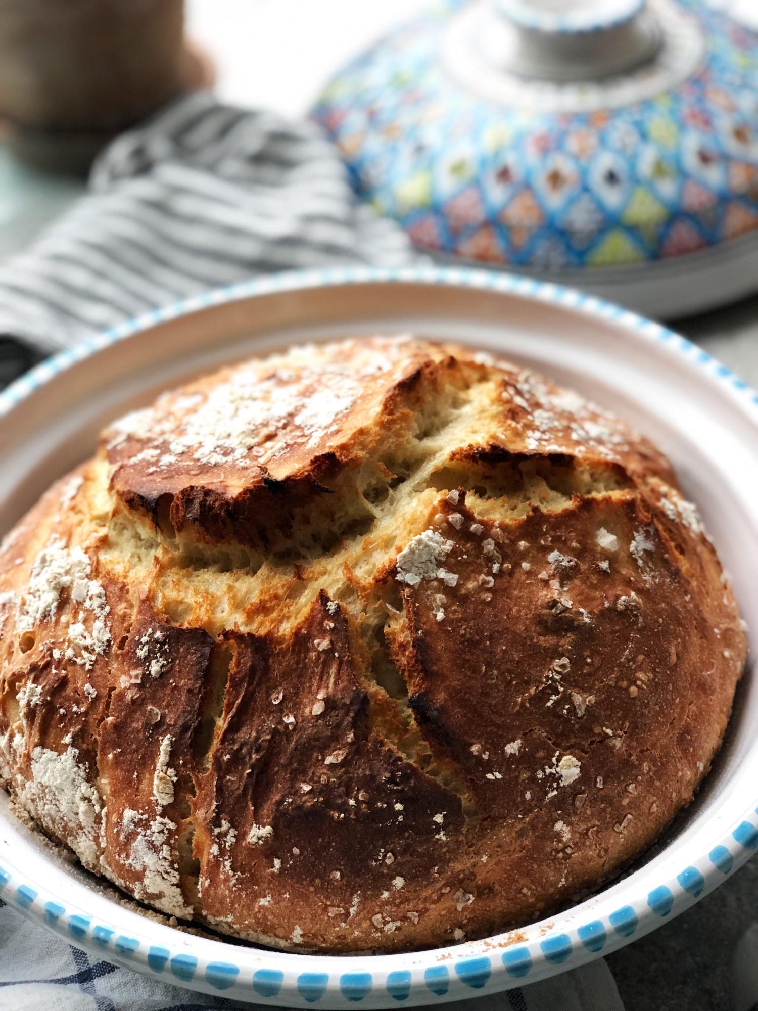 brød-bagt-i-tunesisk-tagine