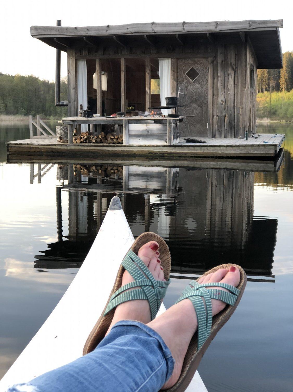 Floating Lake cabin - flydende hytte Naturbyn sverige