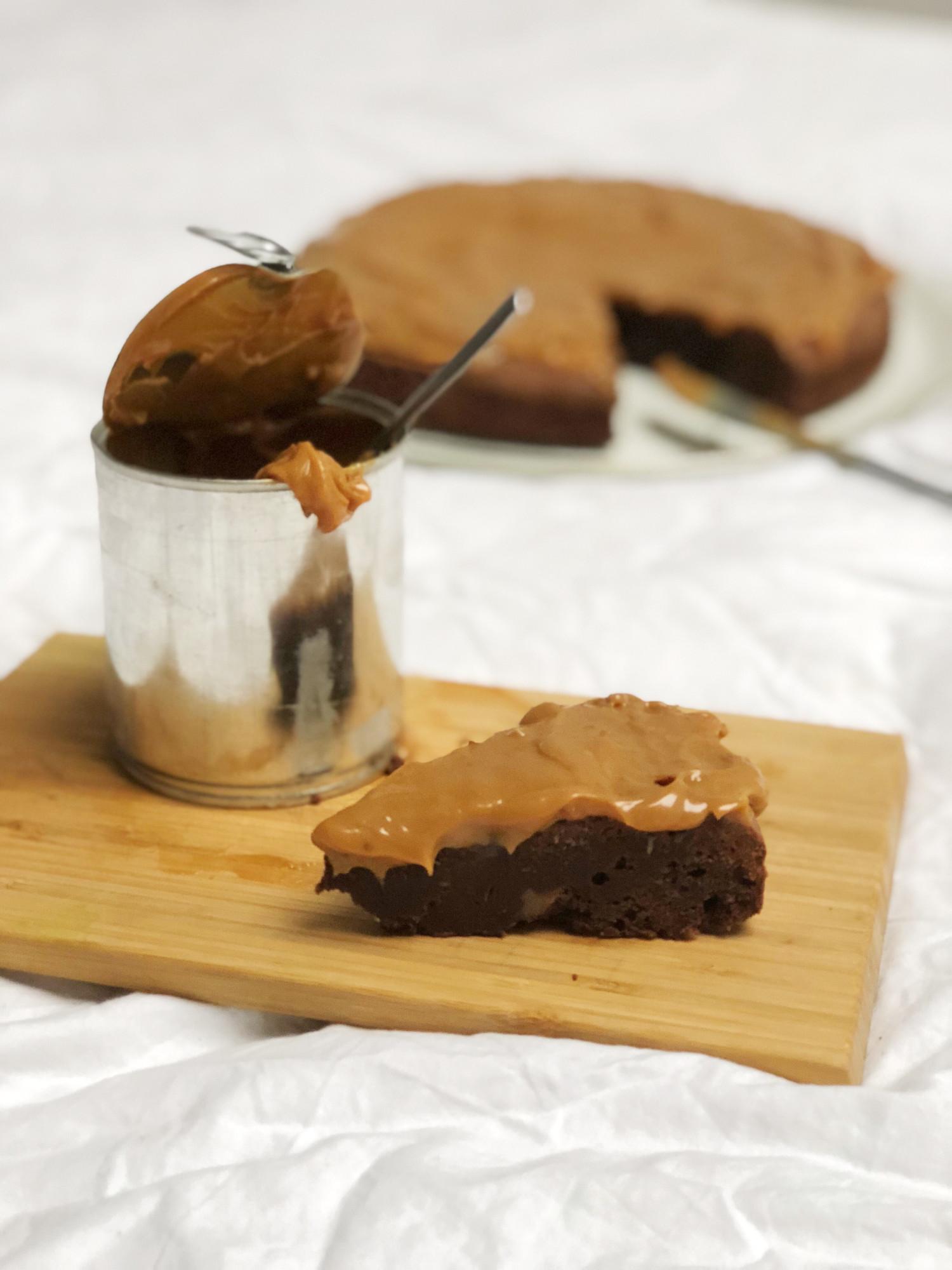 brownie med karamel og havsalt opskrift