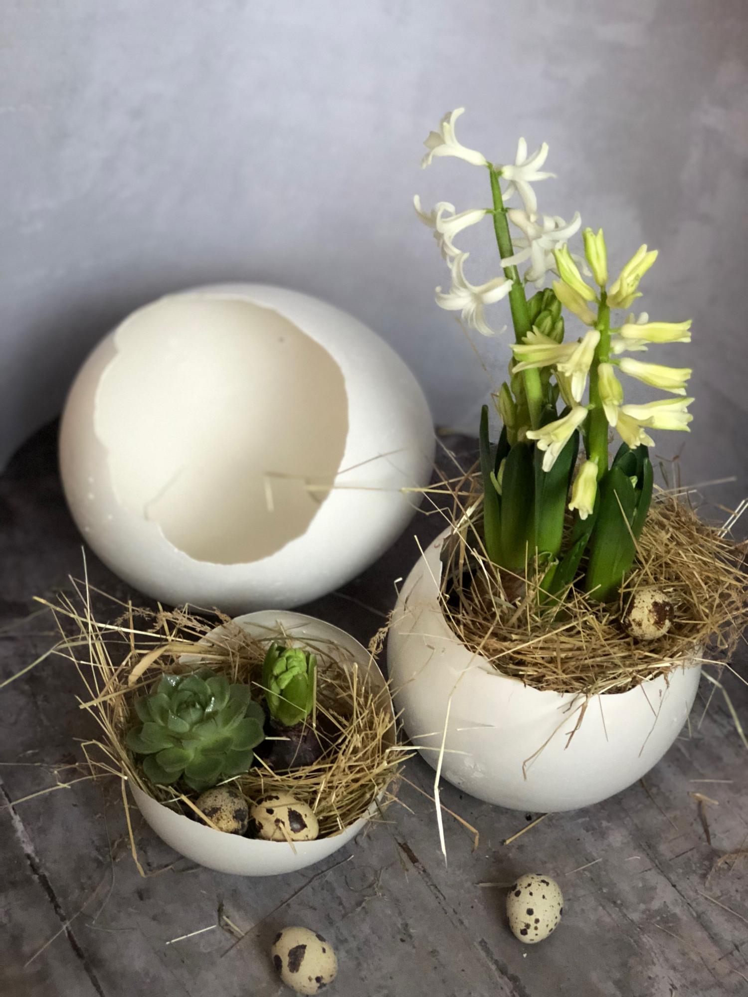 påske æg af gips