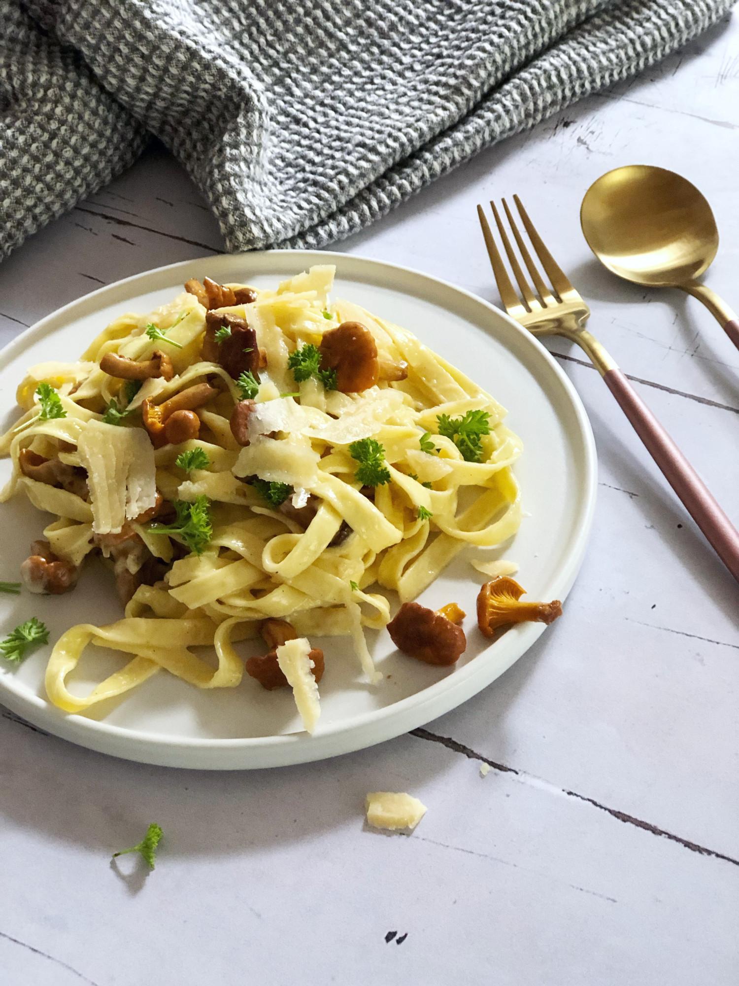 frisk pasta med kantareller opskrift